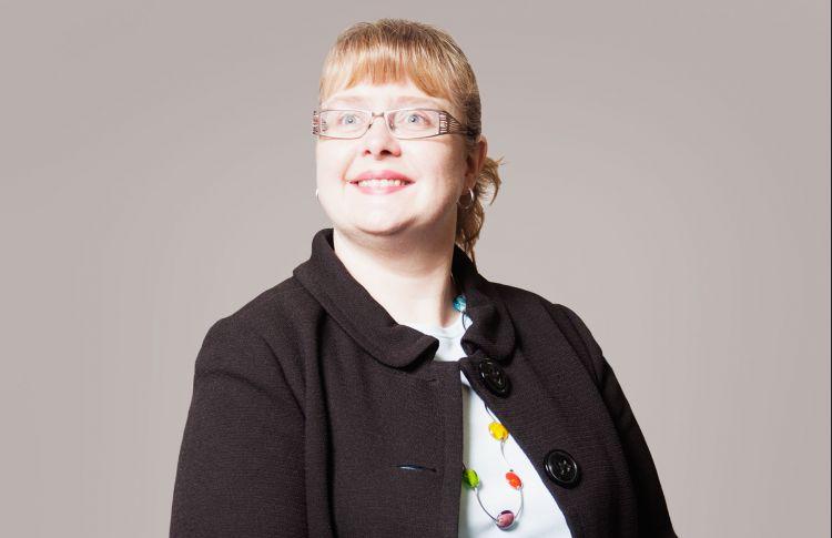 Denise Arnott
