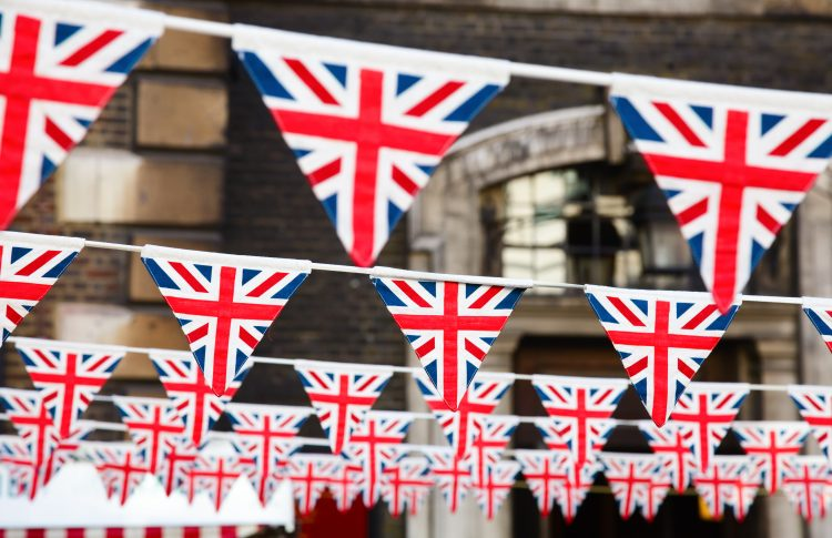Licensing hours extended for royal wedding