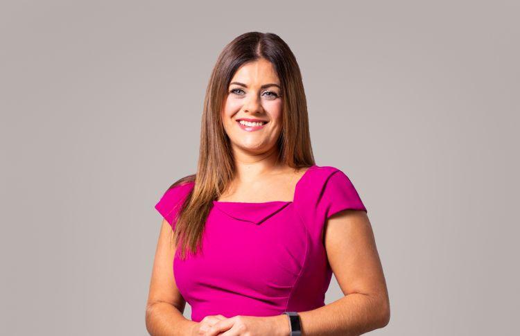 Laura Tennet